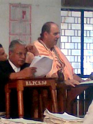 Jaya Pataka Swami cross-examination at Appellant Court in Bangalore, India. Claiming that Bangalore Temple and Akshaya Patra belongs to him and other